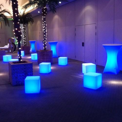 Illuminated Cubes
